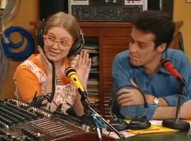 Sur Radio Fac, Roger s'avère un excellent conseiller pour la vie sentimentale et sexuelle des jeunes...