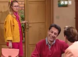 """Clairement, Annette n'aime pas qu'une autre femme tourne autour de """"son"""" Monsieur Girard."""
