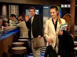 Eric Dietrich le nouvel amoureux de Vivi et son horrible pantalon.