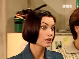 Virginie Theron, une tête à faire de la figuration dans Star Trek.