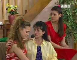 Nous aussi on a pleuré quand Debbie est arrivée pour remplacer Justine.