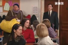 Faisait fi des conventions, le Proviseur pénètre sans sommation dans la classe de Phil pour lui hurler dessus. N'importe quel prof vous le dira, Gautrat est un connard.