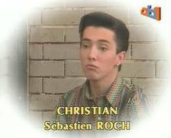 Sébastien Roch c'est avant tout 3 éléments : du pento, une chemise bariolée et une boucle d'oreille.