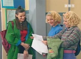 Ironie de l'histoire, le personnage de Debbie est l'intello de la bande !