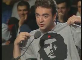 Solo joue les gauchistes luttant face à l'impérialisme télévisuel d'AB. Faut dire qu'il était pas encore sur M6.