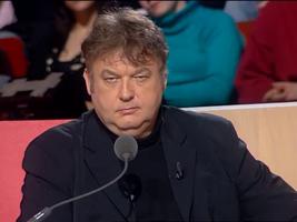 Dominique Besnehard en maître de cérémonie d'une émission consacré aux losers du métier.