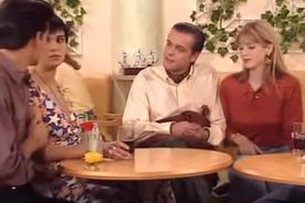 """Néanmoins très vite, Fava montre qu'il est surtout intéressé par Cathy. Il aimerait ainsi la faire """"chanter""""..."""