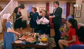 Le meilleur sans aucun doute de cette sitcom : le clap de fin.