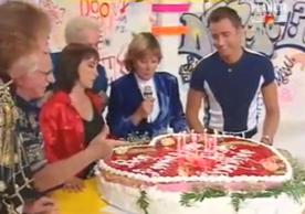 Un gros gâteau pour la dernière émission du mythique Club Do.